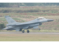 圖多/清泉崗預校F-16、幻象2000翱翔 雷虎小組惜未登台