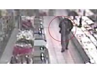 「死亡香腸」×3!男竊超市失風 搭警車臉發白突暴斃