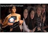 走秀露點模特兒「拉衣遮乳」 網友:這是女體解放
