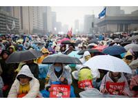 第5次「反朴」抗議! 南韓200萬人頂初雪包圍青瓦台