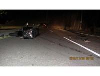 重機團夜遊撞休旅車 騎士吐血亡留18公尺剎車痕
