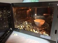 水煮蛋微波「炸成蛋花」被嗆文組 鄉民用這招秒解決!