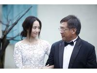張鈞甯拍Volvo微電影照顧失智父 網友:賣車幹嘛放洋蔥