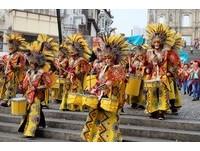 澳門年度盛事!拉丁幻彩大巡遊展現文化共融熱情不間斷