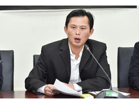 新北市長民調吊車尾 黃國昌:沒必要把我放上去