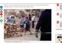 北韓苦命小學生搬石塊、修鐵路 師稱:校外教學啦!