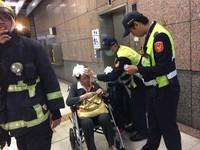 新北耶誕城散場濺血!台鐵板橋站停用電扶梯