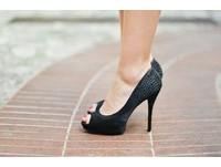穿高跟鞋好性感? 必知背後「慘痛代價」..穿前請三思
