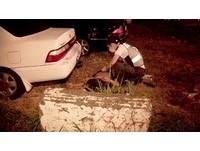 酒測值0.83還騎快車 騎士衝出涵洞遭撞休旅車撞飛