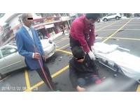 19歲男外送飲料車禍斷腿 「西裝老翁」暖安慰後默默掃地