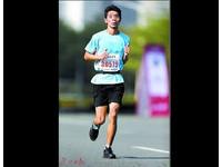 馬拉松女子組前10名有2人是男的 網:中國只有騙子是真的