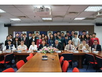 2016澳臺時政辯論 學習交流在世新翠谷
