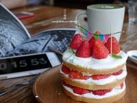 欠拍甜點!台南超夢幻草莓塔、大眼仔抹茶牛奶