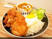 台北百元平價咖哩飯!超佛心白飯、咖哩吃到飽