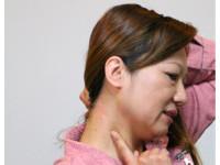 熟女單耳聽力變差、狂耳鳴 竟是「聽神經瘤」壓迫腦幹