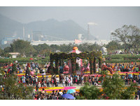 元旦連假來臺中「花現新樂園」 立體動態花毯超好拍