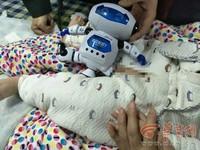 會吃「小雞雞」的玩具! 一歲童險遭機器人咬走生殖器