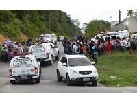 巴西監獄「拋6顆人頭」出牆 幫派火拚至少60死