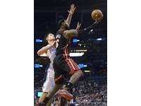 NBA/魔術弗賽維奇狂吸29籃板 仍不敵熱火肆虐