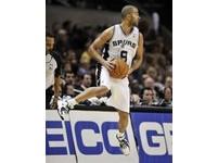 NBA/全隊單節12分鐘只拿5分? 籃網遭馬刺羞辱