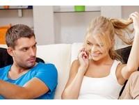 女人故意誘發嫉妒...試探心意? 別蠢!5招男人不領情