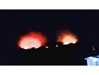 桃園、新北交界大棟山火燒山 現場延燒一公頃