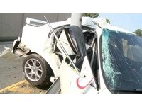 超速?早上剛交班開車返家自撞電桿 消防員重傷昏迷指數3