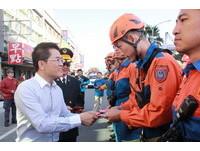 台東慶祝消防節火災搶救演練 法鼓山捐1500支滅火器