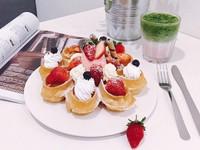 台南「草莓雪漾」花瓣鬆餅太誘人 早午餐、午茶都想吃它