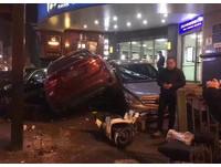 史上最衰! BMW連5撞都是百萬名車 維修費上看500萬