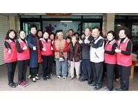 蔡秋蘭寒冬送暖 幫助西港100個家庭