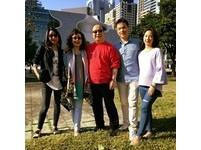 胡志強臉書拜年藏驚喜 公布正解:真的要當阿公啦!
