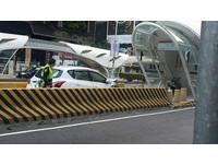 把車開進「BRT車道」被狂酸 真實經過曝光...根本超倒楣