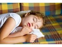 總是躺下秒睡? 專家:出現「3種情況」...才叫睡好覺