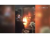香港尖沙嘴地鐵大火 男投擲汽油彈縱火欲自焚被逮