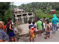 橋樑震斷、道路裂開!菲律賓規模6.7強震6死百傷