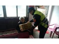 兒亡孫吸毒...95歲老婦仍樂觀生活 把員警當自己孩子
