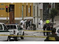 哥倫比亞鬥牛場爆炸碎片散滿地 至少31人受傷多為警察