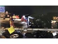 男酒駕高速撞爛號誌燈 飛出車外...慘遭自車壓死