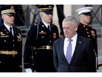 突訪伊拉克談「殲滅IS」 美國防部長強調:不是為了奪石油