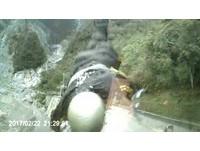 驚悚影片揭三寶中橫逆向狠撞 騎士「飛越護欄」墜谷慘死