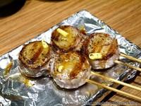 新竹炭火串燒居酒屋 吃得到奶油風味的培根干貝捲