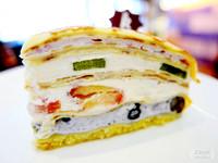 宜蘭也有藍帶級主廚的甜點 草莓鮮果薄餅蛋糕!