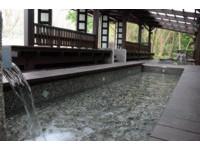 天冷泡腳超享受!彰化清水岩溫泉「免費足湯」只到4月底