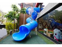 超潮!台中新開幕親子餐酒館 有2層樓高溜滑梯