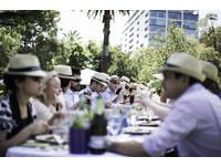 吃喝享受生活!墨爾本美食美酒節品嚐「世界最長午餐」