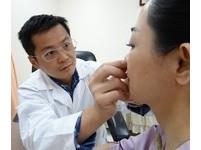 捏鼻或鼻樑增高器可讓鼻樑變高挺? 奇美醫:錯誤迷思