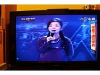 合唱《外婆的澎湖灣》!王偉忠在華星2總決賽悼潘安邦