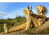 哥本哈根必訪「六個被遺忘的巨人」戶外木雕展