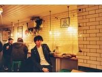 【佑群老師】小便斗上用餐!倫敦廢棄公廁變身時尚咖啡廳